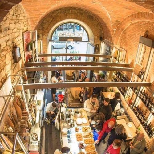 Dogana Firenze bistrot e winebar, apre la 'vineria di confine' tra taglieri, tapas e polpette