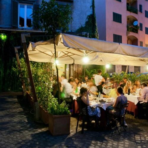 Dove mangiare all'aperto a Trastevere Roma: cinque ristoranti per la primavera