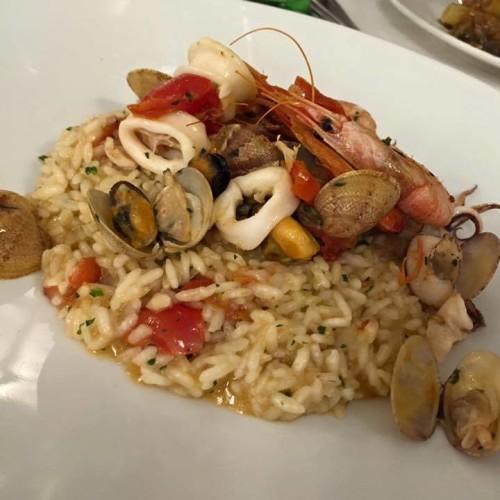 Dove mangiare vicino alla stazione a Napoli: cinque indirizzi per pranzo e cena
