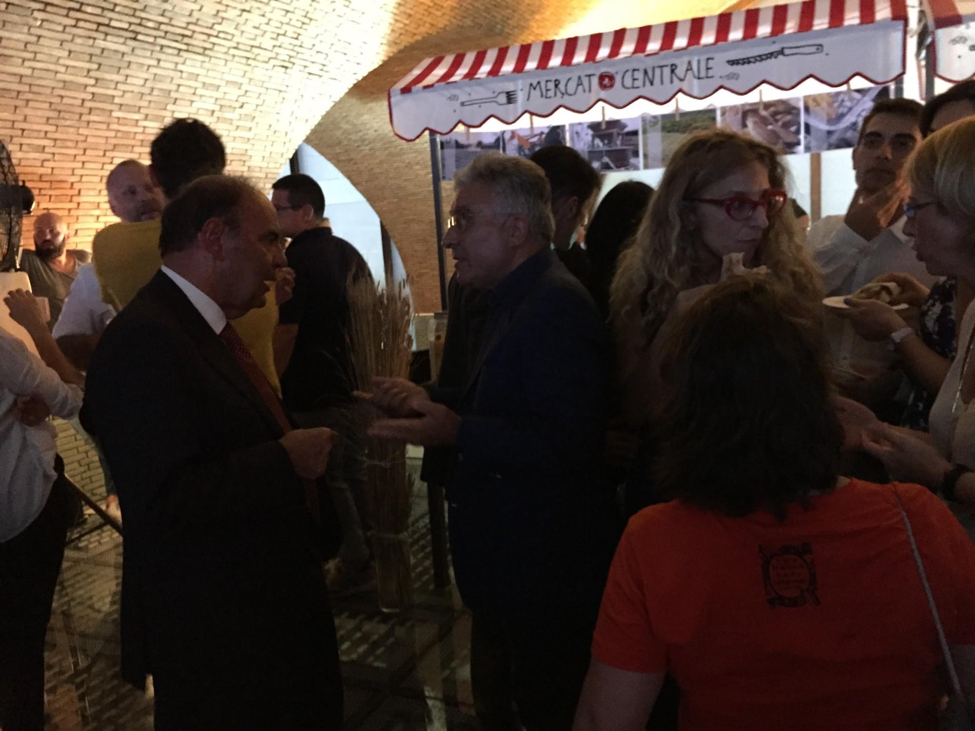 Mercato centrale Roma, tutte le foto dell'inaugurazione (con Grillo e Vespa)