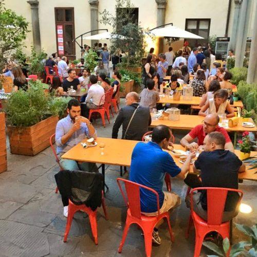 Mangiare all'aperto a Firenze, dieci ristoranti per la primavera