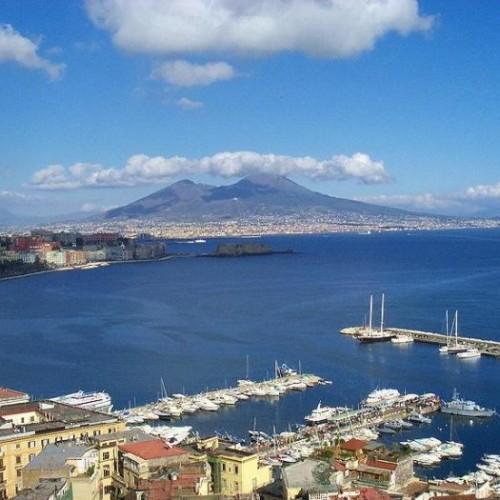 Napoli in un giorno: i migliori ristoranti per colazione, pranzo, aperitivo e cena