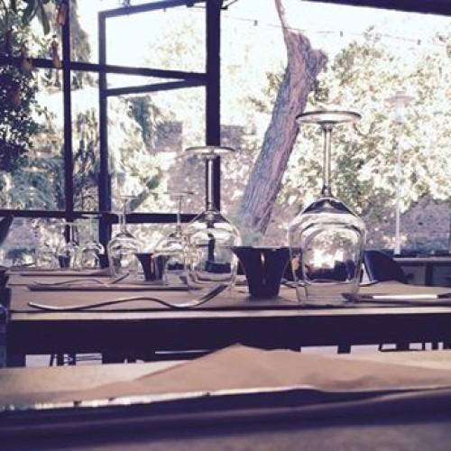 Santa Rosa Firenze, bistrot con area pic-nic e vivaio di erbe aromatiche nell'ex discoteca Mama