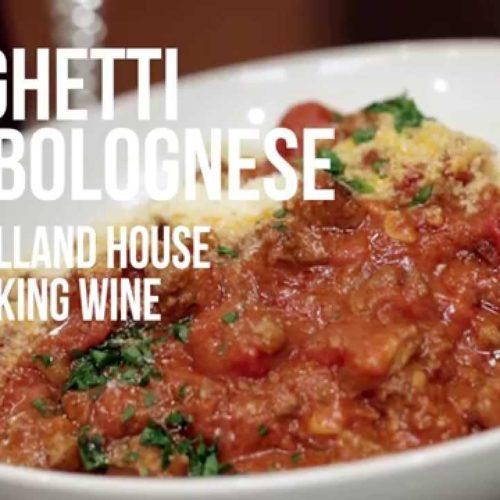 """Gli """"spaghetti bolognese"""" non esistono? Non è vero e comunque perché non sfruttarli?"""