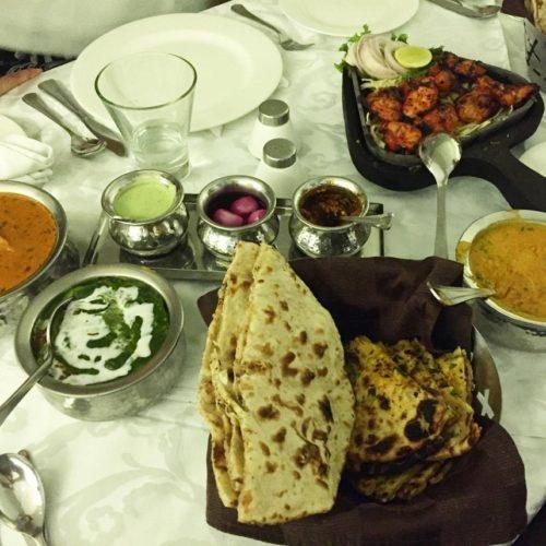 Cosa mangiare in India: cinque cibi da provare dal chapati al dahl