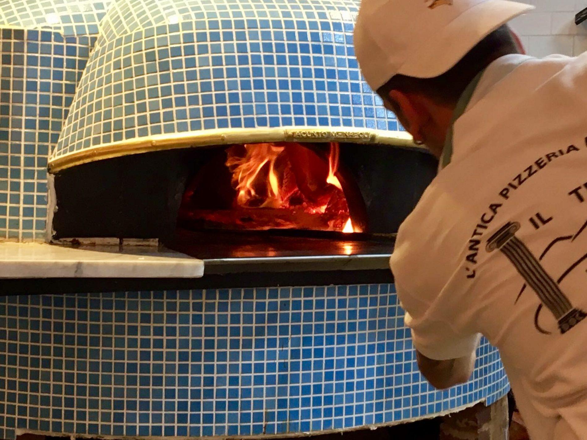 Pizzeria Da Michele Londra, le foto dell'apertura