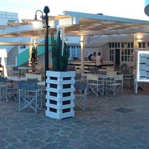 """Seu al Plinius di Ostia, la """"tonda"""" del giovane pizzaiolo inaugura l'estate sul litorale romano"""