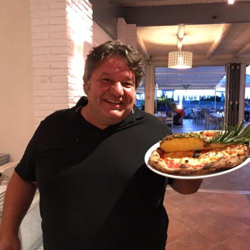 """Callegari si confessa: """"A 50 anni apro un ristorante. Rubio e la tradizione? Farò la pizza con l'ananas"""""""