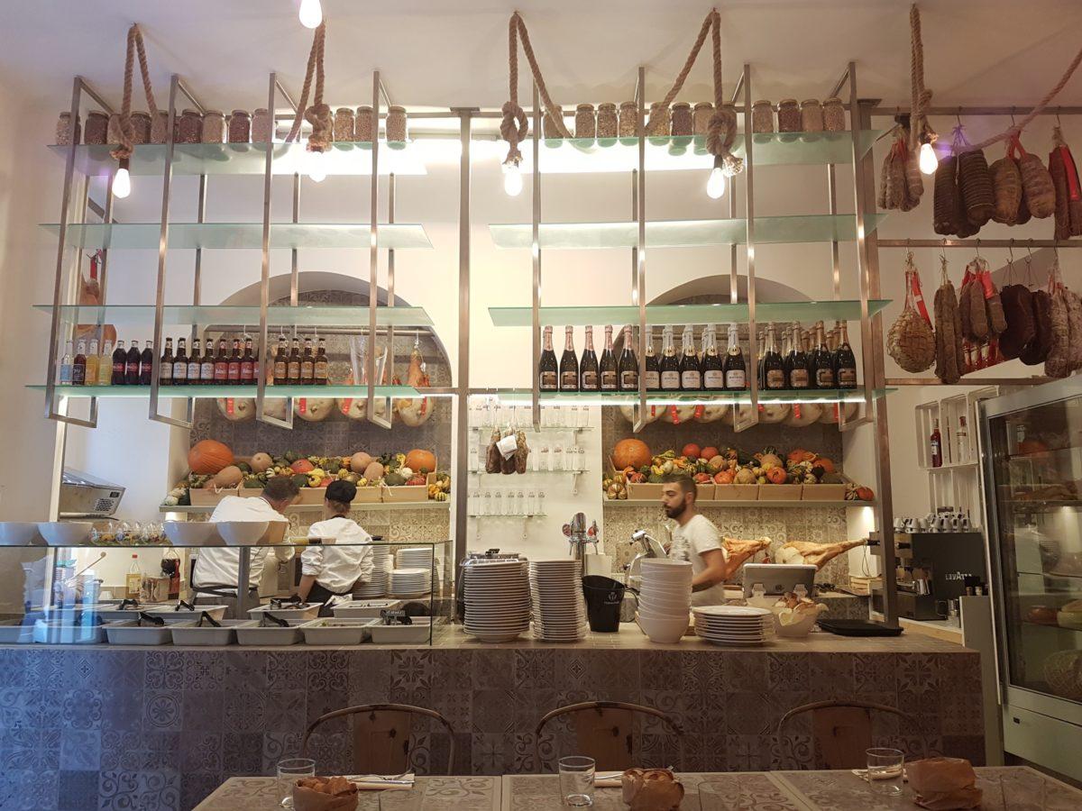 La bottega di lomi milano gastronomia con cucina puntarella rossa - Corsi di cucina bari ...