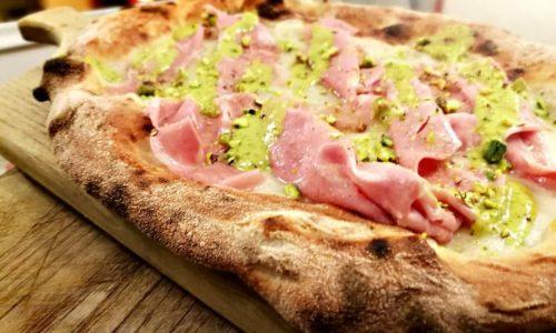 Pizza al pistacchio a Firenze: quattro locali dove mangiarla, con menu e prezzi
