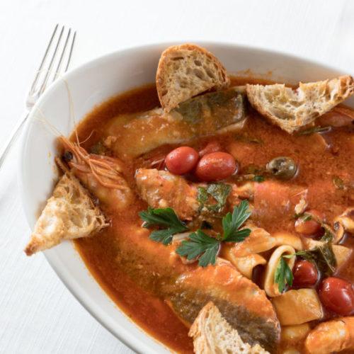 Eventi Roma novembre 2017: chef Simone Cipriani da 28 Birreria Gastronomica, zuppa di pesce da Chinappi