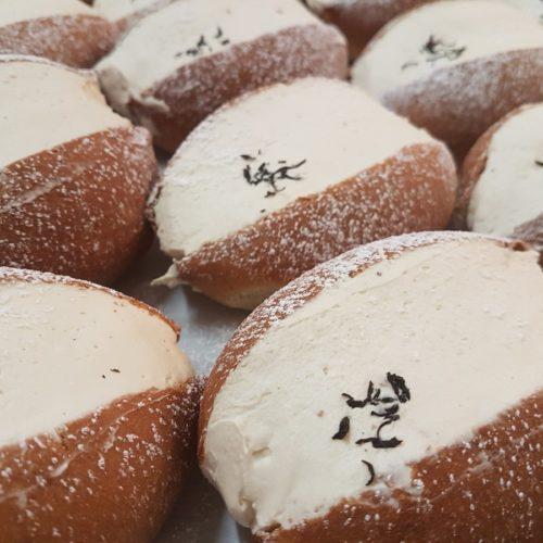 Maritozzo Day a Roma: il 2 dicembre il dolce della tradizione invade la città (anche in versione salata)