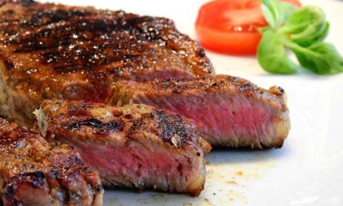 Dove mangiare la fassona a Torino, cinque ristoranti per appassionati di carne