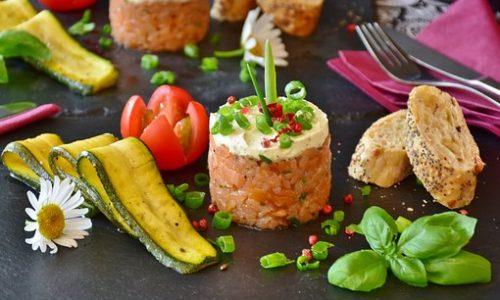 Dove mangiare tartare a Bologna, i migliori ristoranti per il crudo di carne e pesce