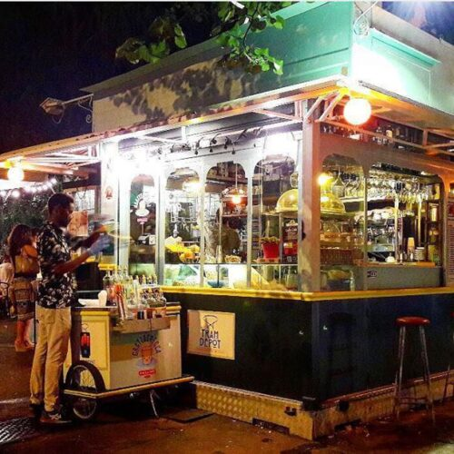 Tram Depot a Roma, da oggi un nuovo chiosco retrò di street food a Testaccio