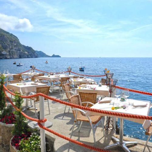 Dove mangiare in Costiera Amalfitana, cinque ristoranti da non perdere consigliati dallo chef Garofalo
