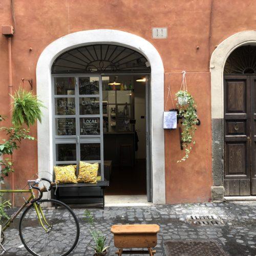 Local a Roma, il piccolo laboratorio di cucina con prodotti bio e vini naturali a due passi da Campo de' Fiori