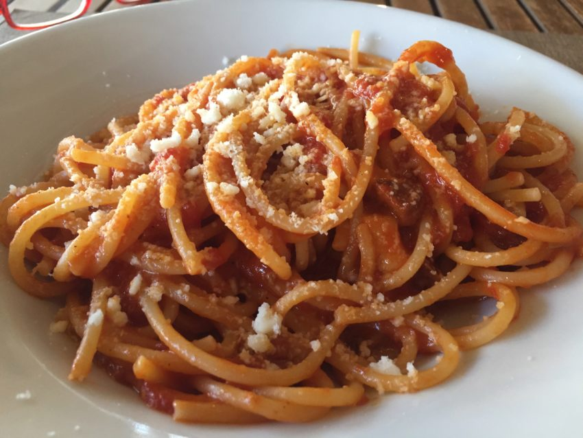 bucatini all'amatriciana osteria palmira