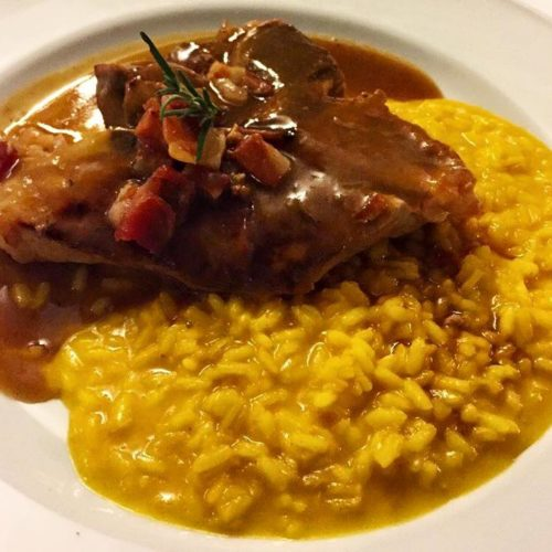 Dove mangiare la domenica a Milano, i migliori ristoranti aperti la sera