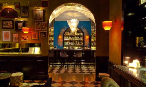 Emerald's Roma, cocktail esotico tra ottoni e velluti a Prati con healthy brunch