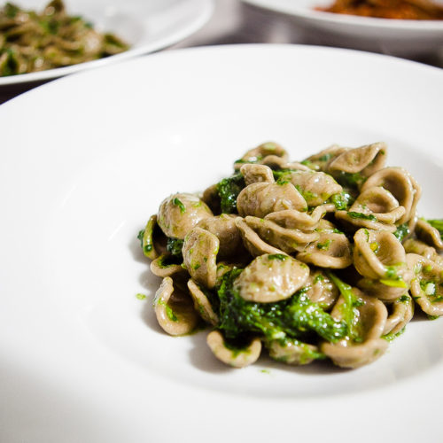 I migliori ristoranti pugliesi di Roma, cinque locali per gustare orecchiette, bombette e crudi