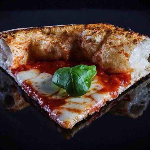 Seu Pizza Illuminati, una pizza salsiccia e broccoletti da ricordare (e i migliori supplì di Roma)