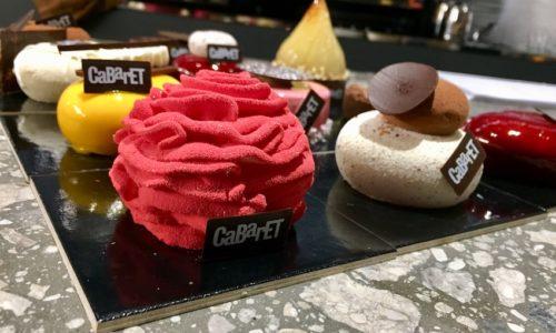 CaBarET Milano, pasticceria moderna da colazione al dopocena (con djset) a Porta Nuova