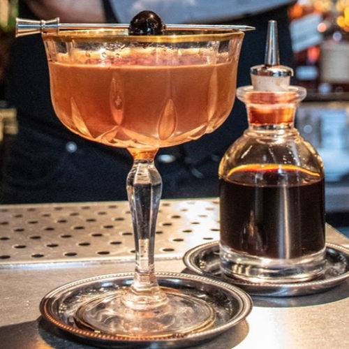 I migliori aperitivi dell'Isola, otto cocktail e locali a Milano