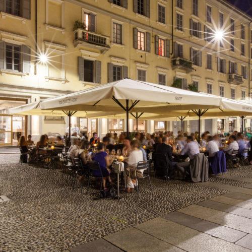 Ristoranti aperti agosto 2019 a Milano. Dove mangiare d'estate in città