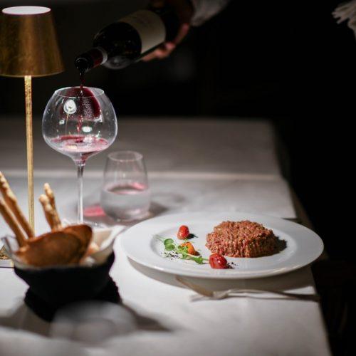 Jackie O' a Roma, il nuovo ristorante del club della Dolce Vita tra riso al salto e tartare di manzo