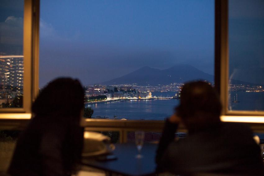 Capodanno A Napoli 2020 Il Cenone Nei Migliori Ristoranti