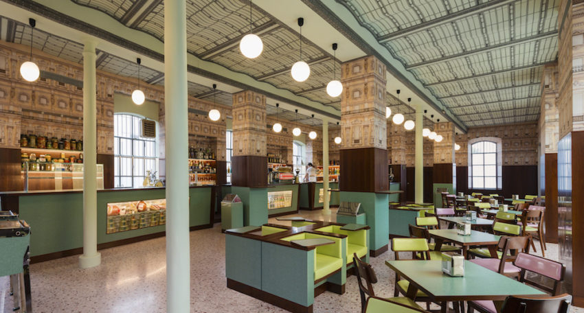 Il bar Luce by Wes Anderson