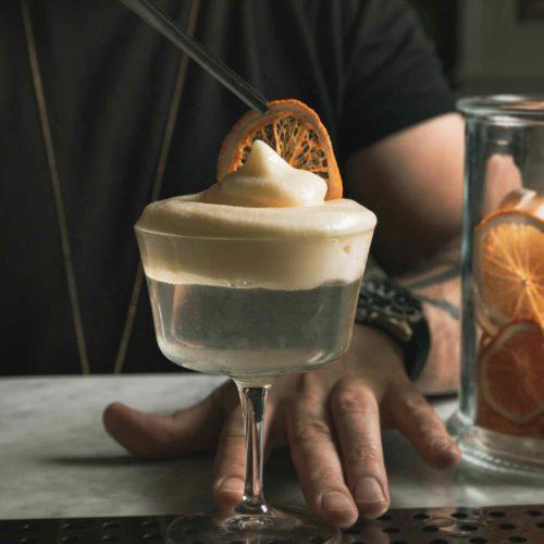Maestro Roma, piatti creativi e cocktail ispirati all'opera nel nuovo bistrot all'Esquilino