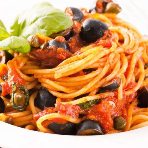 Spaghetti alla belladonna invece della puttanesca, il food nell'era del politically correct