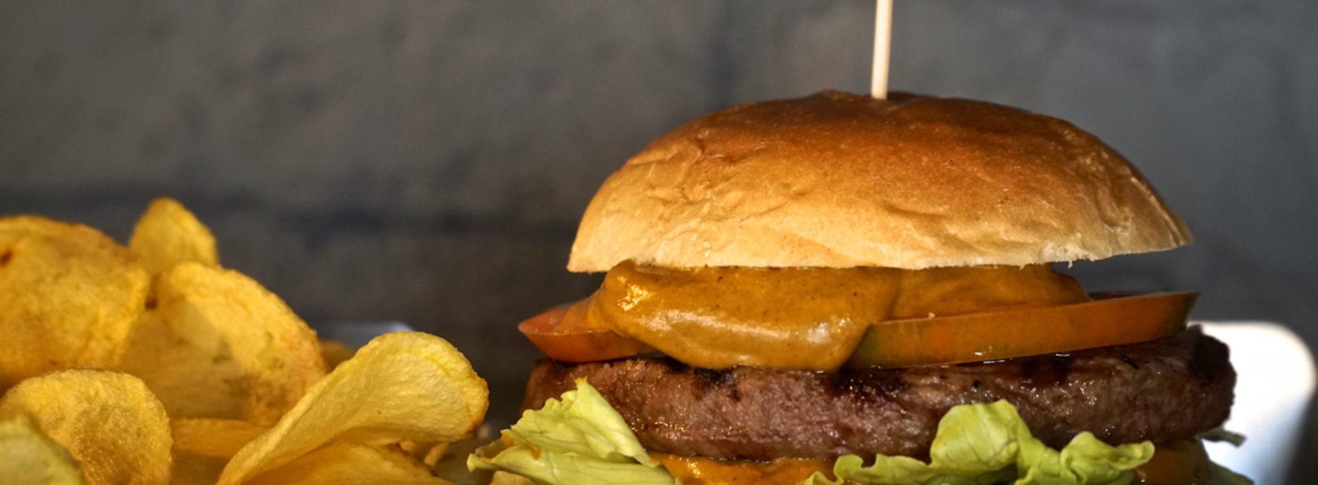 B.Ro Birra Burger Bar Roma, panini e street food internazionale nel nuovo pub 3.0 dei Parioli