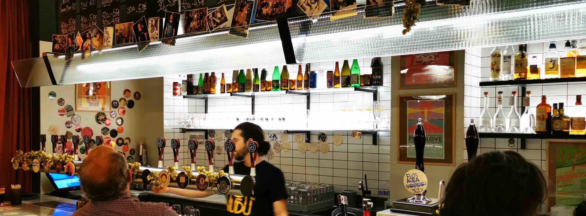 I pub e il coronavirus, la paradossale ordinanza di chiusura della Regione Lombardia