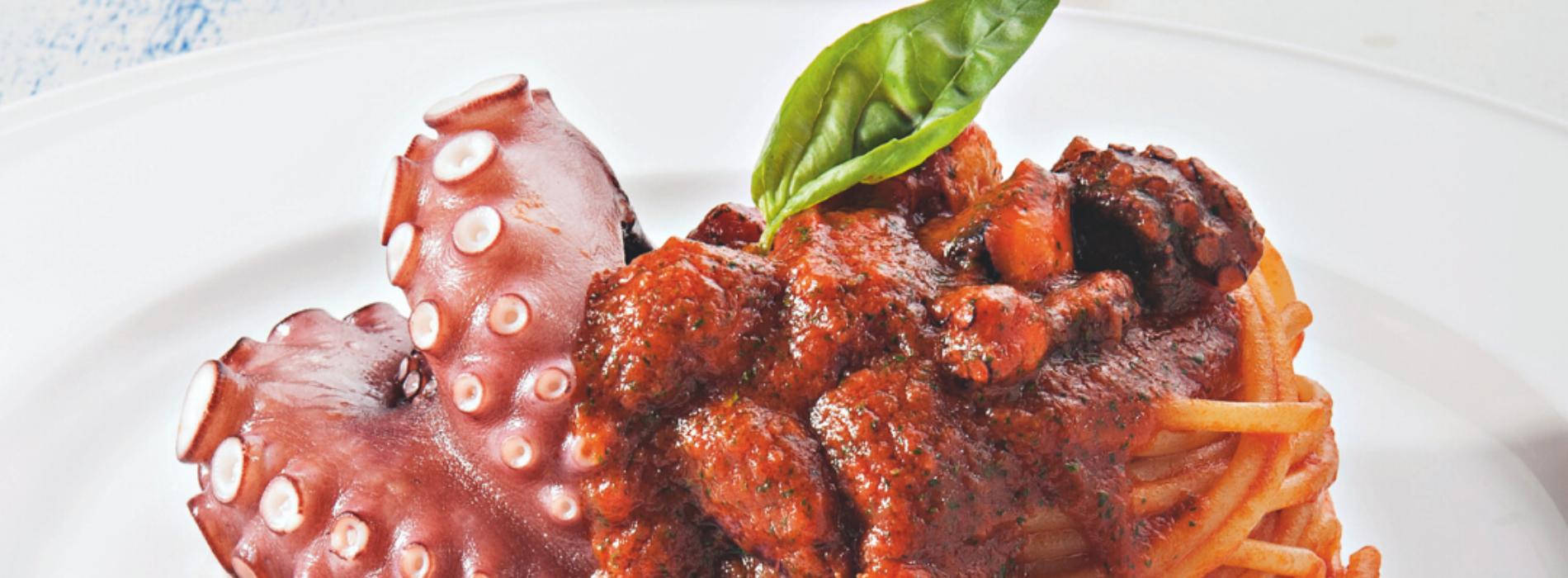 Spaghetti e polpo, la ricetta di Antonino Cannavacciuolo da fare a casa