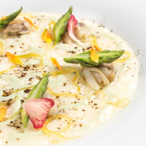 Risotto al limone affumicato e tartufi di mare, la ricetta dello chef Stile di Enoteca la Torre a Villa Laetitia