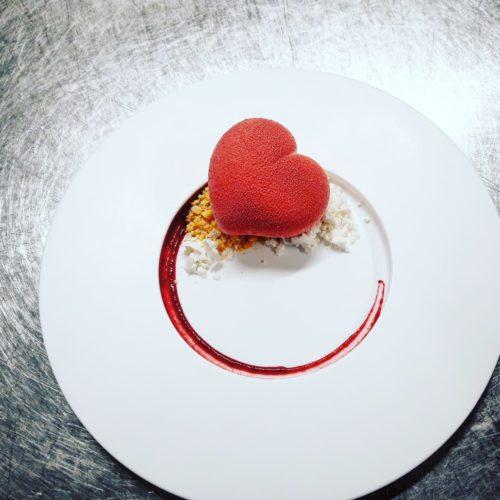 Semifreddo di ricotta di bufala, la ricetta dello chef Valenti di Isteria