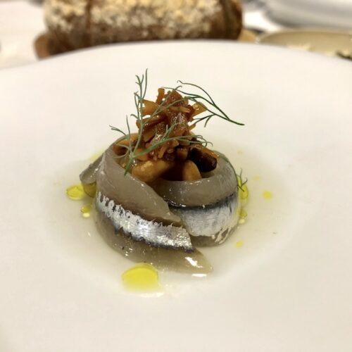 Serica Milano, come si mangia nel ristorante che unisce la cucina cinese a quella occidentale (e ha quasi sfiorato la sua prima stella)