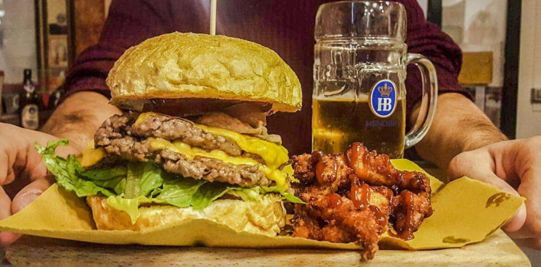 Barbarossa BeerFood Roma, a Garbatella l'hamburgeria e friggitoria artigianale che valorizza la materia prima locale