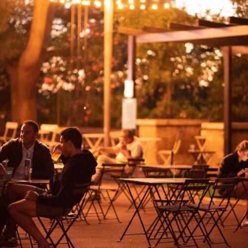 Locali all'aperto Roma estate 2020, giardini e parchi per aperitivo cena e dopocena