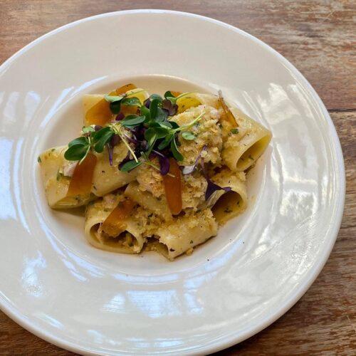 Paccariello con ricciola marinata agli agrumi, come farlo in casa con la ricetta dello chef Corrado Zavoni di Ercoli Parioli