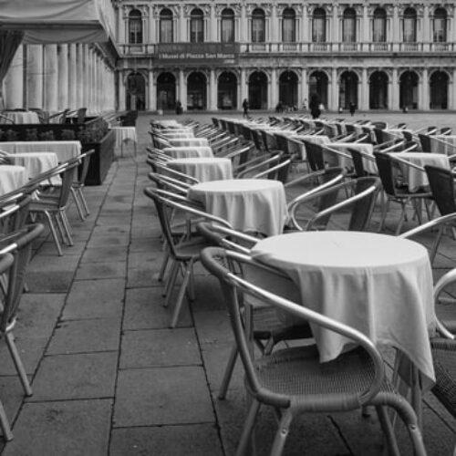 Come stanno i ristoranti di Roma, tra affitti, delivery, ristori e apri-chiudi