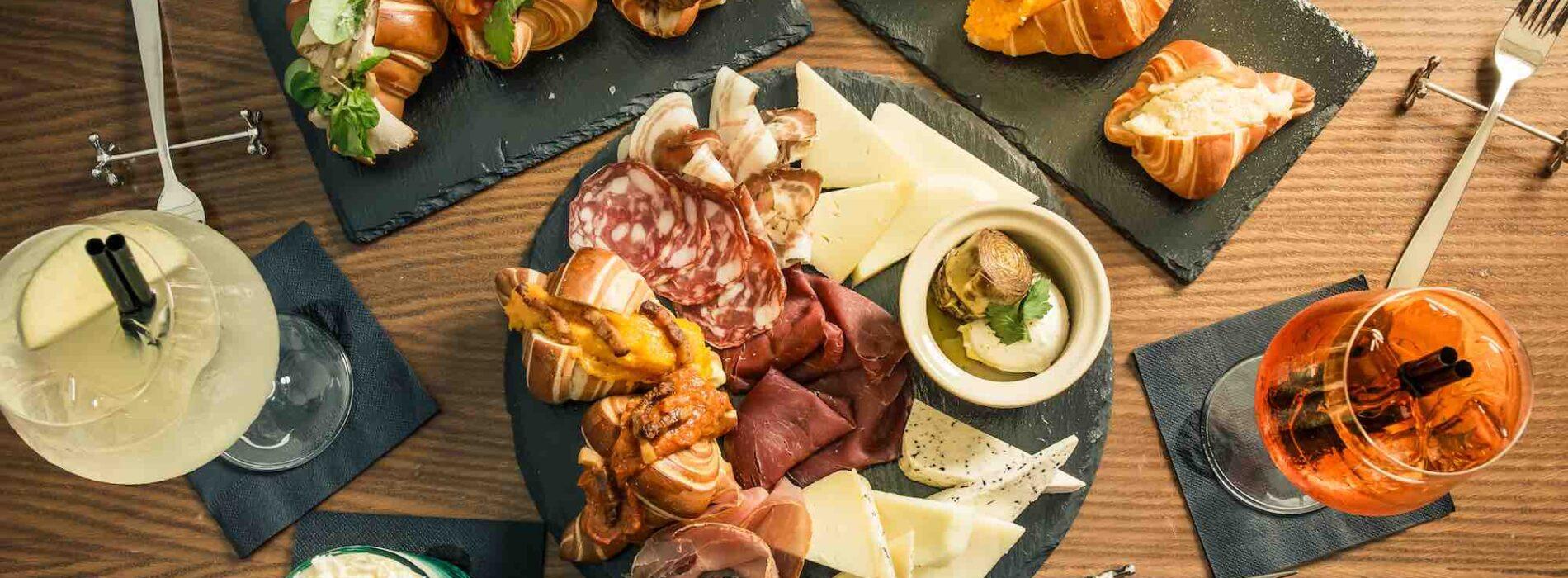 Rever Roma: menu degustazione, cornetti salati per l'aperitivo e due giovanissimi alla guida del ristorante di Prati