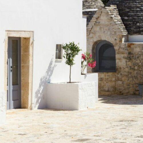 Nina Trulli Resort: nella Valle d'Itria la masseria di charme che coniuga ospitalità, autoproduzione e ristorazione