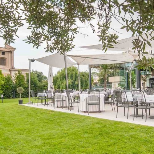 Nativo Champagne Food & Drink: a Fiumicino il ristorante con giardino e terrazza, tra aperitivi e degustazioni