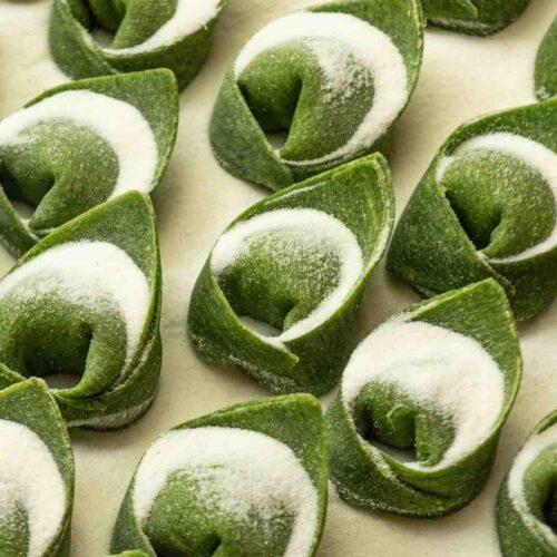 Casadora a Roma: tortellini, tonnarelli e noodles nel pastificio con cucina a Prati